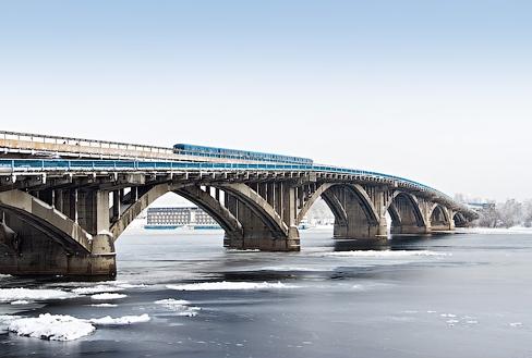 Арочно-консольный мост через р. Днепр в Киеве - stroyone.com