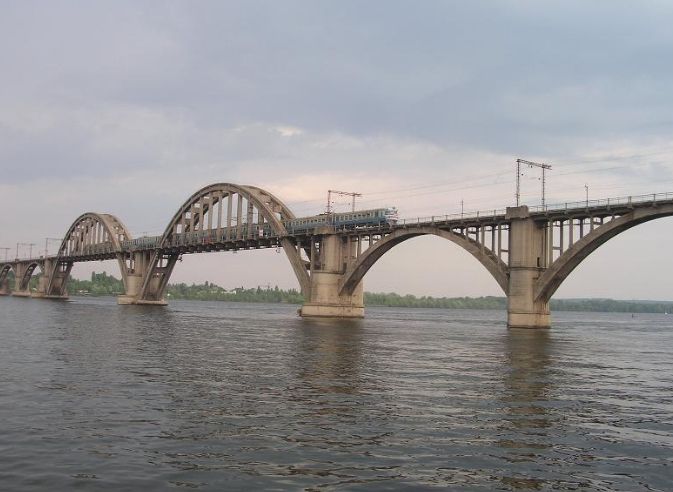 мост через реку Днепр в Днепре - stroyone.com