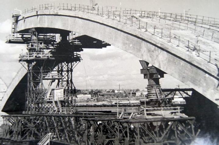 Перевозка моста через реку Енесей - stroyone.com