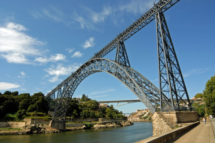Арочный мост Ponte Maria Pia - Португалия 1877 - stroyone.com