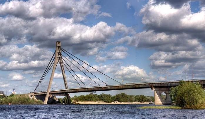 Московский мост общий вид - stroyone.com