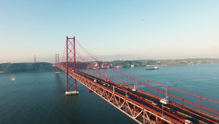 Мост через реку Тахо в Лиссабоне - stroyone.com