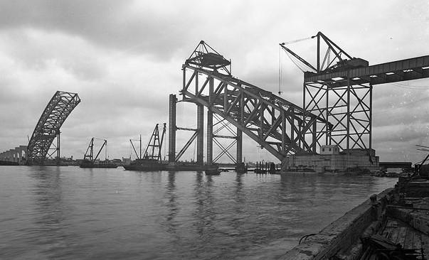 Строительство арочного моста методом навесного монтажа Bayonne Bridge - stroyone.com