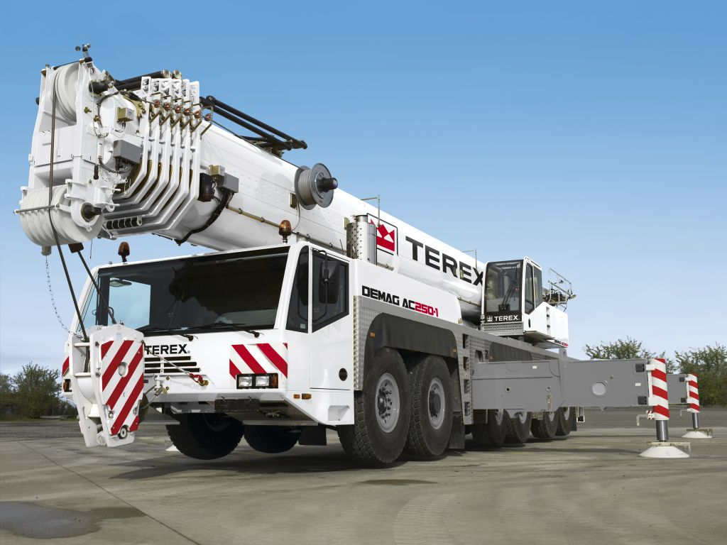 Кран Terex AC250-1 - stroyone.com