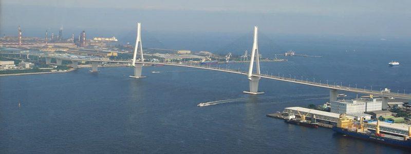 Вантовый мост Tsurumi Tsubasa Bridge