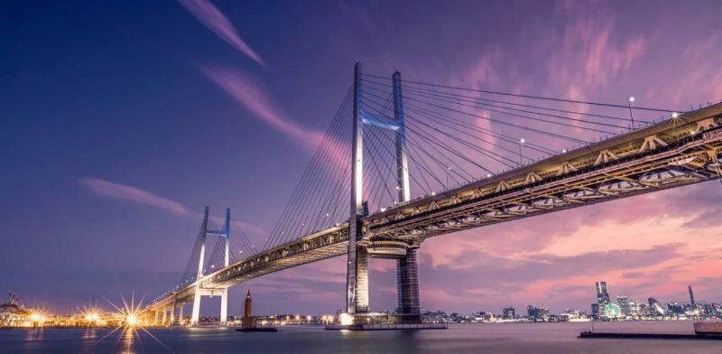 Yokohama Bay Bridge длиной 860 м